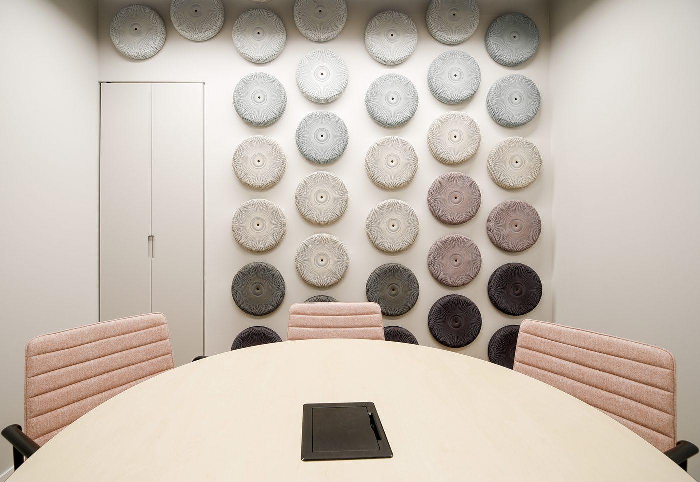 שולחן ישיבות ALFRESCO, כסאות SOHO