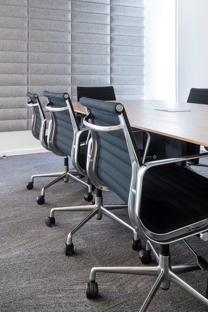 כסאות GALLERY, שולחן ALFRESCO