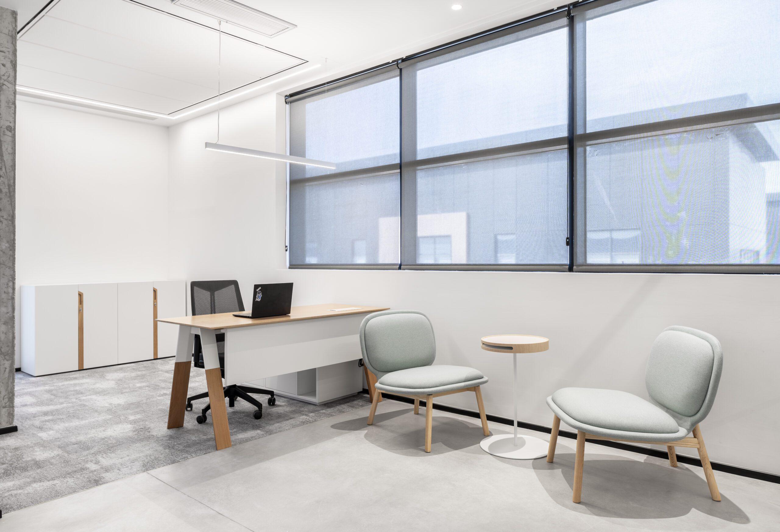 שולחן ECO MIX, כסא ARCO , כורסאות TEDY